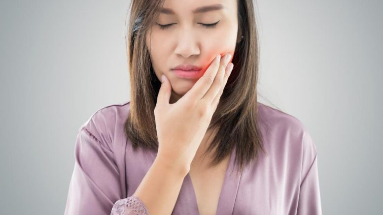 Natural methods for relieving jaw pain caused by rheumatoid arthritis