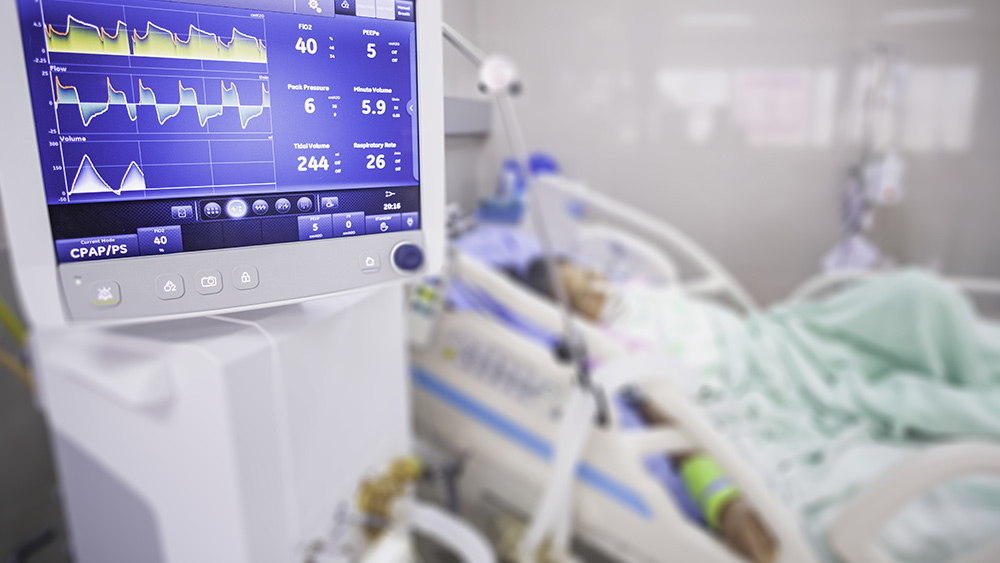 Image: World's largest medical complex in Texas is running out of ICU beds due to the coronavirus
