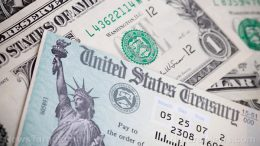 """States that """"overpaid"""" covid unemployment benefits now demanding restitution"""