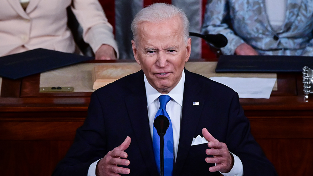 Image: Biden regime discusses setting up highway checkpoints to mandate vaccines for interstate travel across the United States